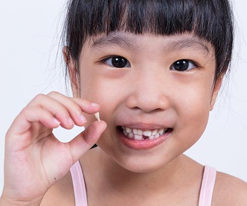 TCDC Girl Loose Tooth Blog